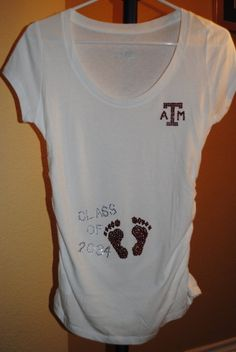 omg, adorable. Aggie Maternity Shirt @C G we must get this for Amber by muriel