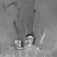 Roger Ballen, Shadow Chamber, Skew Mask, 2001 #codeparis