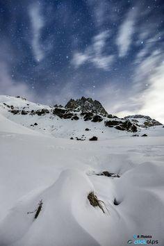 Starry night #pizlagrev #peaklagrev #grevasalvas #engadin #engadine #switzerland #europe #grisons #alps #swissalps #albula #graub #maloja #mountain #mountains #winter #snow #cold #peak #peaks #snowypeaks #snowcappedmountain #snowcapppedmountains #night #nights #star #stars #starry #sky #cloud #clouds #landscape #landscapes #nature #nightscape #travelphotography #clickalpsphotography https://plus.google.com/+HaroldGardner/posts/TtSBzXmfgKy