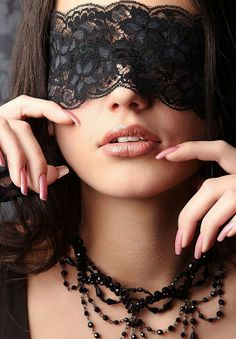 from the story Servicio bajo las sombras. Lace Blindfold, Mask Makeup, Lace Mask, Mask Girl, Hidden Beauty, Beautiful Mask, Masquerade Ball, Sensual, Cool Girl