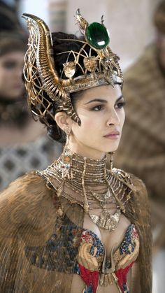 "Elodie Yung - ""Gods of Egypt"" - Costume designer : Liz Keogh Elodie Yung, Egyptian Costume, Egyptian Art, Egyptian Beauty, Medusa Costume, Mode Inspiration, Character Inspiration, Costume Original, Egyptian Fashion"