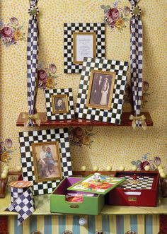 These cheerful Courtly Checks make me want to frame everything!