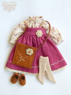 Outfit in country style for Blythe by ShpakBlythe on Etsy Baby Dress Patterns, Doll Clothes Patterns, Clothing Patterns, Diy Rag Dolls, Sewing Dolls, Skirts For Kids, Waldorf Dolls, Soft Dolls, Cute Dolls