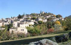 Le village de Mirmande à 300 m à pied du gîte