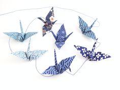 Guirlande origami grues bleues en papier japonais : Décorations murales par phacelie