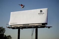 Here are the Best 100 Guerilla Marketing examples I've seen. Guerrilla Marketing (Guerilla Marketing) takes consumers. Street Marketing, Guerilla Marketing, Creative Advertising, Advertising Design, Marketing And Advertising, Guerrilla Advertising, Advertising Ideas, Viral Marketing, Sports Advertising
