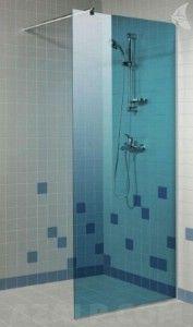 Blauwe glazen douchewand 8mm