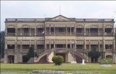Palais du Premier Gouverneur Français Treich-Laplène à Bassam en Côte D'Ivoire en Afrique de L'Ouest