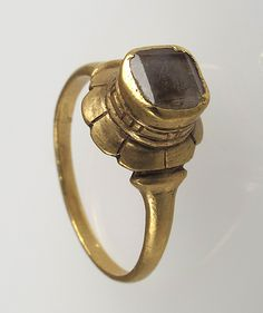 Finger #Ring                                                                                      Date:                                        6th -11th century                                                          Geography:                                        Made in, Northern #France                                                          Culture:                                        Frankish
