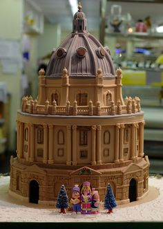 Oxford Cake Shop depicting Carol Singers outside the Radcliffe Camera, by Jun (~Biker Jun)
