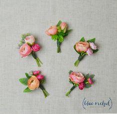 ranunculus bulbs how to plant Boho Beach Wedding, Floral Wedding, Wedding Flowers, Prom Flowers, Diy Wedding Bouquet, Bridesmaid Bouquet, Coral Boutonniere, Wedding Boutonniere, Ranunculus Boutonniere