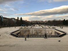 Zentrum von Sofia, Bulgarien Louvre, Building, Travel, Bulgaria, Centre, Pictures, Viajes, Buildings, Destinations