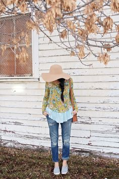 anthropologie floral top with blue trim
