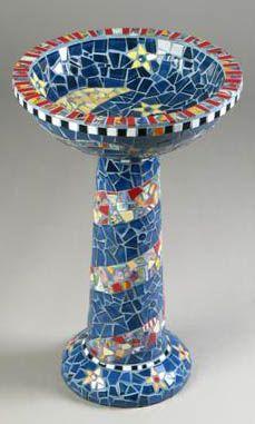 Garden Birdbath Mosaic (CHRIS ZONTA)