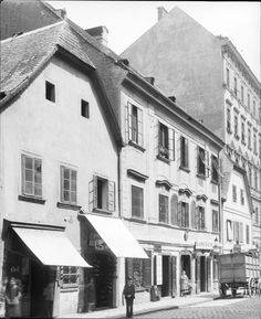 Wien 2, Tandlmarktgasse 13ff   Stauda, August Scenery Pictures, Austro Hungarian, Vienna, Medieval, Old Things, History, Vintage, Remember This, Snow