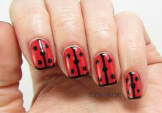 Cure Ladybug Nails mit 4 Ever Young (ESSENCE, The Gel Nail Polish)