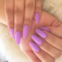 Nail polish hacks, matte nail polish, matte purple nails, plain a Nail Polish Hacks, Matte Nail Polish, Nail Polish Designs, Nail Designs, Plain Acrylic Nails, Matte Purple Nails, Sns Nails, Manicures, Coffin Nails