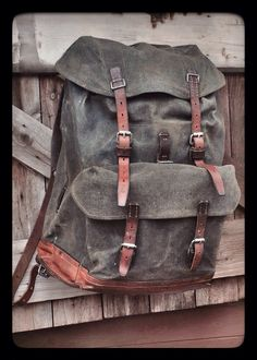 Vintage Swiss Army canvas & leather pack. Possibly not the most practical but definitely the one I want