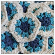 How to Crochet with Fabric Strips - The Crafty Mummy Joining Crochet Squares, Crochet Hexagon Blanket, Crochet Motif, Crochet Stitches, Knit Crochet, Granny Squares, Crochet Blocks, Crochet Afghans, Crochet Blankets
