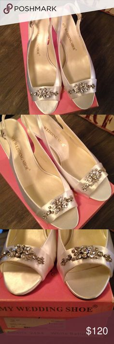 Bridal/Wedding shoes in white satin, New in box. Bridal/Wedding shoes in white satin. They are Gwenyth by My Wedding Shoe & are absolutely stunning!!😍 New in box & never worn. Size 8.5 medium width. My Wedding Shoe Shoes Heels