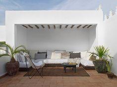 patio on roof, Morocco / ph: Gaelle Boulicaut