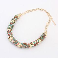 $28.000 Collar de Moda en chaquiras de varios colores. Liviano - cadena auto ajustable