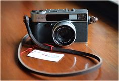 gordys-camera-strap-3.jpg 575×390 pixels