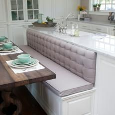 decorating summer 28 Comfy Kitchens For Your Home This Summer - Futuristic Interior Designs Technology Kitchen Booths, Kitchen Seating, Kitchen Banquette, Kitchen Benches, Kitchen Nook, Farmhouse Kitchen Decor, Kitchen Interior, New Kitchen, Summer Kitchen