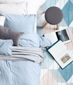 Graphic painted wood floors H&M s'invite dans votre déco avec H&M Home