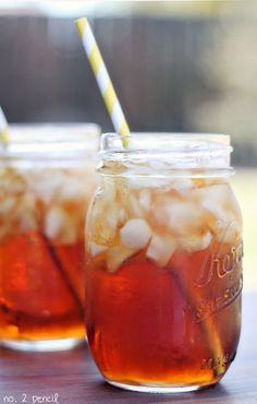 Perfect Sweet Tea Recipe - there is a secret ingredient!I was searching online for a sweet tea recipe and I came across this one. This has to be one of the best drinks that i have ever had. I'm pretty sure I will never buy iced tea mix ever again. Sweet Tea Recipes, Iced Tea Recipes, Cocktail Recipes, Drink Recipes, Refreshing Drinks, Summer Drinks, Non Alcoholic Drinks, Cocktails, Beverages