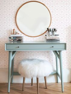 If you love makeup, then you need a makeup vanity table. A vanity table will keep all your makeup organized and will give you a comfortable place to apply it. You can create a makeup area that suits your style. Beauty Vanity, Beauty Makeup, My Room, Bedroom Decor, Bedroom Ideas, Bedroom Wall, Bedroom Furniture, Furniture Sets, Master Bedroom