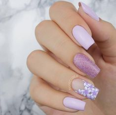 The advantage of the gel is that it allows you to enjoy your French manicure for a long time. There are four different ways to make a French manicure on gel nails. The choice depends on the experience of the nail stylist… Continue Reading → Cute Acrylic Nail Designs, Best Acrylic Nails, Gel Nail Designs, Flower Nail Designs, Best Nail Art Designs, Jolie Nail Art, Nail Design Spring, Lilac Nails Design, Cute Summer Nail Designs