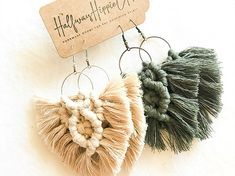 When it comes to your macrame earrings. do you prefer earth tones? Or bright colors? I think my shop has every… Diy Macrame Earrings, Macrame Jewelry, Diy Earrings, Wire Jewelry, Crochet Storage, Leather Thread, Crochet Cactus, Rope Crafts, Macrame Design