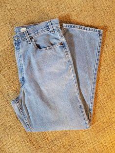 Levi Strauss Relaxed Straight Leg Jeans Light Wash size 38 x 30 #LeviStrauss #RelaxedStraightleg