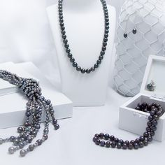 Pearls aren't only timeless, they are modern too with edgy black pearl looks. #perfectlypearl #pearls