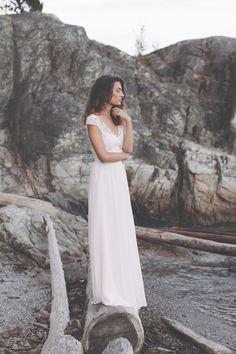 wild & free: Brautmode Kollektion 2017 von Light & Lace | Hochzeitsblog The Little Wedding Corner