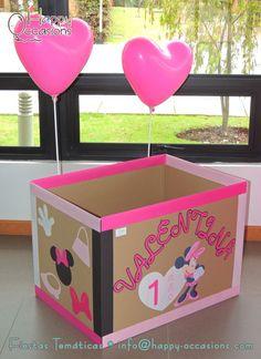 Pozo de regalos minnie chupeteras y cajas de regalos pinterest - Cajas infantiles decoradas ...