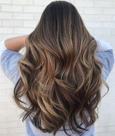 50 NEW Long Hairstyles with Layers for 2020 Adding layers to your haircut is a great approach to give it life and a brand new look. Check out these 50 amazing most popular long hairstyles with layers! New Long Hairstyles, Haircuts For Long Hair, Prom Hairstyles, Straight Hairstyles, Pretty Hairstyles, Balayage Hair Caramel, Balayage Hair Blonde, Subtle Balayage, Blonde Highlights
