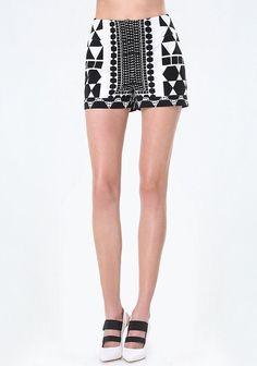 Shop bebe for: Bottoms - Optic Print Cuffed Shorts - Standout shorts in a sophisticated crepe detailed by a head-turning optic print. Slim cuffs and clean waist keep the look proper. Trendy Clothes For Women, Trendy Outfits, Summer Outfits, Fashion Outfits, Chiffon Cover Up, Kate Spade Cedar Street, Black And White Shorts, Platform Wedge Sandals, Spring Fashion