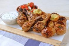 Turkey Recipes, Tandoori Chicken, Chicken Wings, Carne, Food And Drink, Meat, Ethnic Recipes, Buffalo Wings
