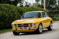 Post war affordable classics > Alfa Romeo 1750 GTV