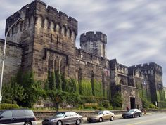 Eastern State Penitentiary and other haunted places to visit! Abandoned Prisons, Abandoned Places, Abandoned Houses, Haunted Houses, Abandoned Mansions, Most Haunted Places, Scary Places, Haunted Prison, Ghost Caught On Camera