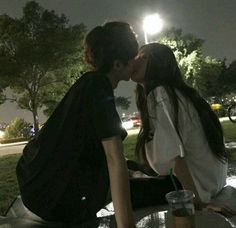 Read night (Couple,Girl,Boy) from the story Korean_Ullzang by Kiwiable_ with reads. Korean Girl Ulzzang, Couple Ulzzang, Ulzzang Korea, Night Aesthetic, Couple Aesthetic, Cute Relationship Goals, Cute Relationships, Ullzang Boys, Parejas Goals Tumblr