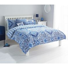 Moroccan Style Paisley Duvet Cover with Geometric Florals - Reversible Bedding Blue ( White ) Single