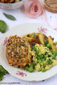 Cotoletta di tacchino scamorza con patate al forno e piselli con l'uovo 12