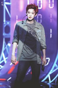 Discovered by Luna Kim. Find images and videos about kpop, exo and chanyeol on We Heart It - the app to get lost in what you love. K Pop, Spirit Fanfic, Chanyeol Baekhyun, Kim Jong Dae, Baekyeol, Exo Korean, Kpop Exo, Last Dance, Exo Members