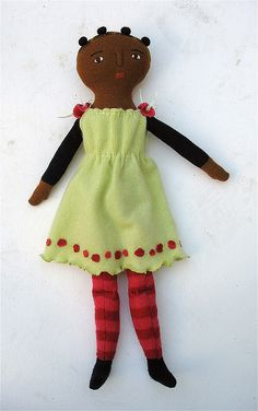 girl with buns by Mimi K, via Flickr