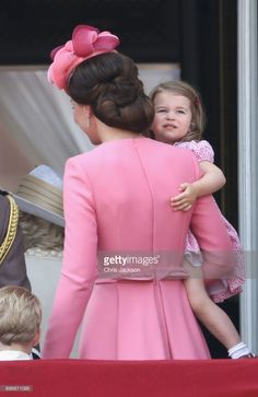 Catherine, Duchess of Cambridge and Princess Charlotte of Cambridge leave the balcony of Buckingham Palace after the Trooping the Colour parade on June 17, 2017 in London, England.  (Photo by Chris Jackson/Getty Images)