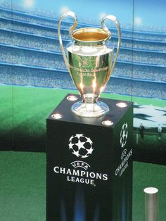 1000 images about uefa champions league on pinterest - Football coupe d europe des clubs champions ...