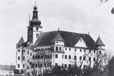 Château de Hartheim, situé près de Linz, Autriche - Château d'Hartheim fut l'un des six hôpitaux et sanatoriums en Allemagne et en Autriche où a eu lieu le programme Nazi d'euthanasie Hartheim castle, located near Linz, Austria - Hartheim castle was one of six hospitals and sanitoria in Germany and Austria in which the Nazi euthanasia program took place